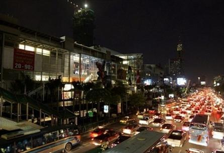 Bangkok tắt điện 15 phút để cảnh báo toàn cầu ấm lên