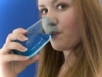 Uống quá nhiều nước cũng có hại