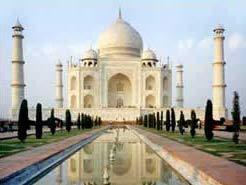 Vẻ đẹp xiêu lòng của Taj Mahal đang biến mất