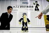 Manoi PF1: Robot cho người sử dụng tự lắp ráp