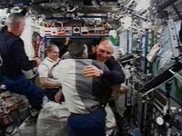 Tàu con thoi Atlantis ráp thành công với Trạm ISS