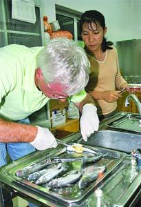 Nghiên cứu vắcxin tăng trưởng cho cá da trơn