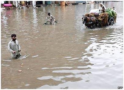 Pakistan: 65 người thiệt mạng do mưa lũ