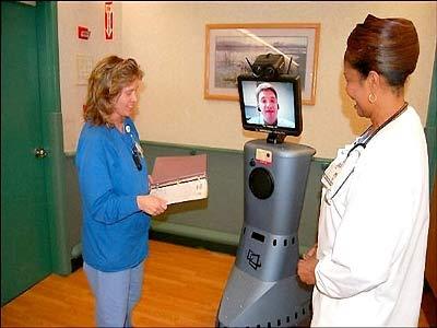 Robot giúp bác sĩ sát cánh cùng bệnh nhân