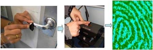 """Sử dụng băng gelatin để thu thập và """"chụp ảnh hóa học"""" dấu vân tay sẽ cung cấp thông tin nhiều hơn, nhanh hơn và chính xác hơn."""