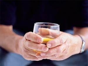 Hơn 30g rượu mỗi ngày, nguy cơ ung thư ruột tăng 25%