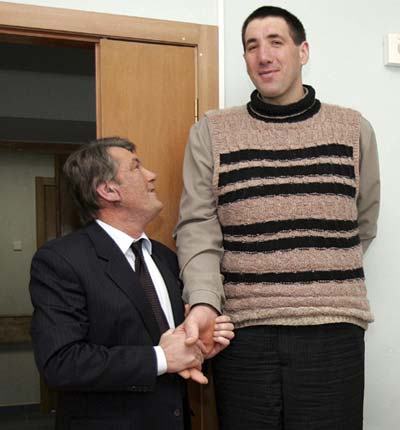 Tổng thống Ukraina - Victor Yushchenko và Leonid Stadnyk.