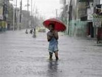 Thủ đô Philippines chìm trong nước vì bão Pabuk