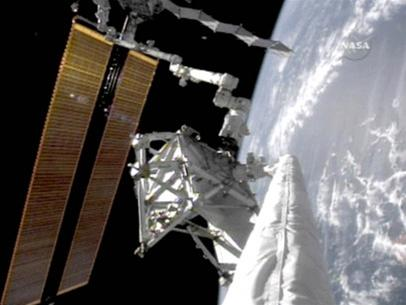 NASA phát hiện sự cố trên tàu Endeavour