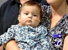 Mới 8 tháng tuổi đã được ghép 5 nội tạng
