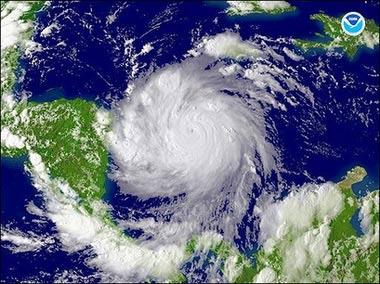 Bão Felix tấn công vùng biển Caribbe