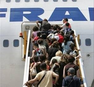 Pháp: Lên máy bay bằng... vân tay