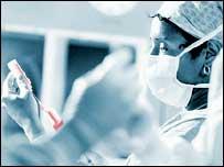 Tiêm thuốc không dùng kim để điều trị ung thư da