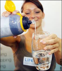 Công cụ biến nước cống thành... nước lọc