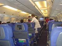 Phòng tránh bệnh thường gặp khi đi máy bay