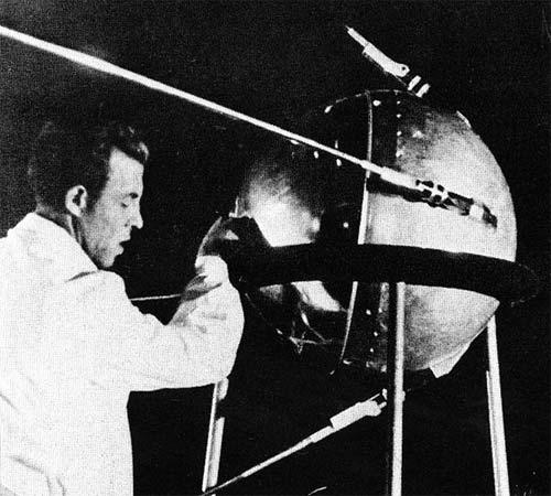Nửa thế kỷ vệ tinh đầu tiên của loài người