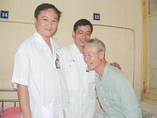 Lần đầu tiên phẫu thuật thành công u màng tim qua nội soi