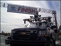 Xe hơi không người lái đoạt giải đua xe robot