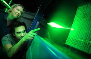 Tìm kiếm phương pháp bảo toàn năng lượng thông qua nghiên cứu cá mập