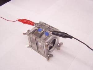 Tế bào nhiên liệu sử dụng chất bị ô nhiễm để sản xuất ra điện năng