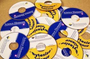 Khí CO<sub>2</sub> từ các ống khói lớn có thể hữu hiệu trong việc sản xuất đĩa DVD và CD-ROM