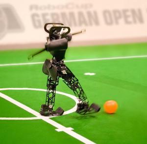 """""""Giải bóng đá Đức mở rộng"""" dành cho robot"""