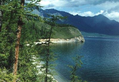 Hồ nước ngọt lớn nhất thế giới tăng nhanh nhiệt độ