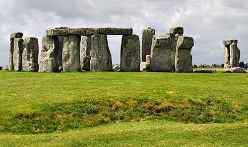 Stonehenge là nghĩa trang hoàng gia?