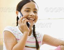 Điện thoại di động khiến trẻ dễ bị stress