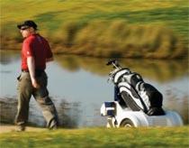 Robot tự động theo chân người chơi golf