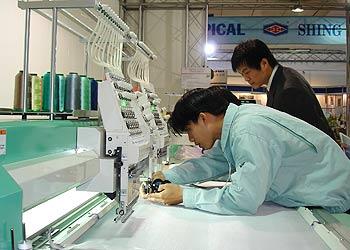 Máy cắt Gerbercutter Z7 tiết kiệm 10% vật liệu