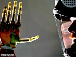 Con người và máy móc sẽ hợp nhất?