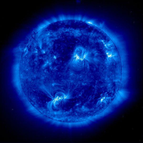 Manh mối mới về đồng vị ôxy khởi nguyên hệ mặt trời