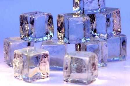 Nước nóng có đóng băng nhanh hơn nước lạnh hay không?