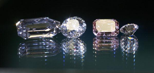 Khoa học tạo ra những viên kim cương lớn hơn và chất lượng hơn