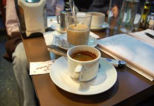 Cafein ảnh hưởng đến đàn ông nhiều hơn