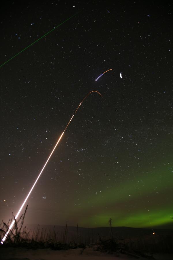 Phóng tên lửa để kiểm tra điều kiện khí quyển