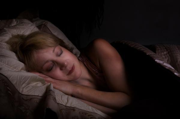 Tại sao chúng ta khó nhớ được giấc mơ?