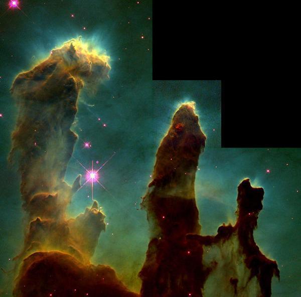 """Những cây """"Cột sáng tạo"""" của vũ trụ"""