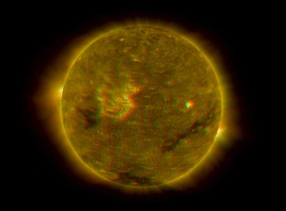 Dự báo mới về chu kì mặt trời: ít vết đen hơn, nhưng chưa chắc kém hoạt động