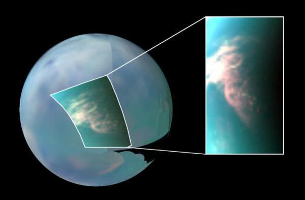 Mây mùa hè trên vệ tinh Titan của sao Thổ