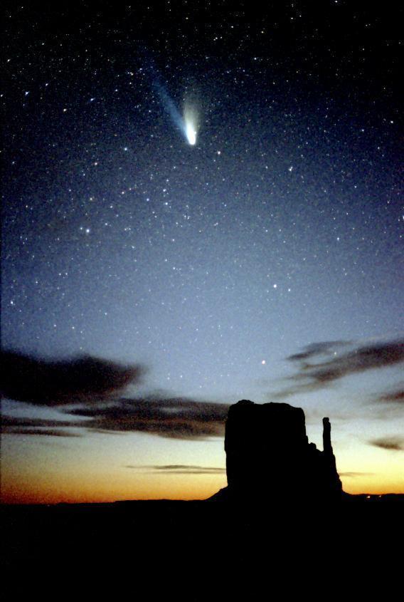 Bằng chứng về nước lỏng trong sao chổi