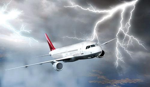 Nếu sét đánh trúng máy bay...