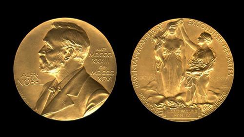"""4-10 """"khai hội"""" Nobel"""