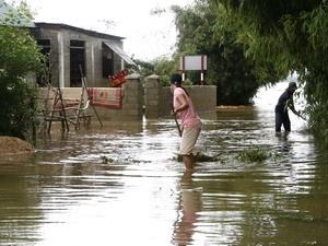 76 người chết và mất tích vì mưa lũ tại miền Trung