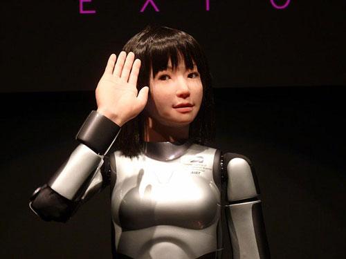 Mỹ nữ robot có đáng sợ?