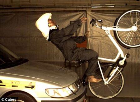 Mũ bảo hiểm thời trang cho người đi xe đạp