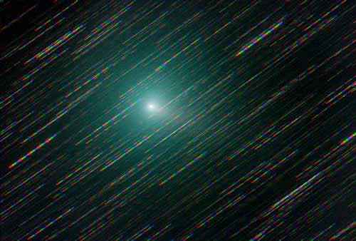 """Cảnh sao chổi xanh """"ma quái"""" tiến tới gần Trái Đất"""