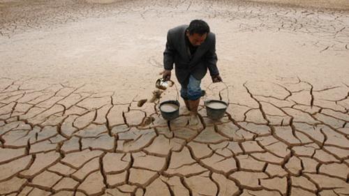 Trái đất đương đầu hạn hán khắc nghiệt