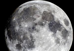 Phi hành gia có thể sử dụng nước từ Mặt Trăng